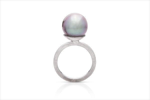 Water – white gold and Tahiti pearl