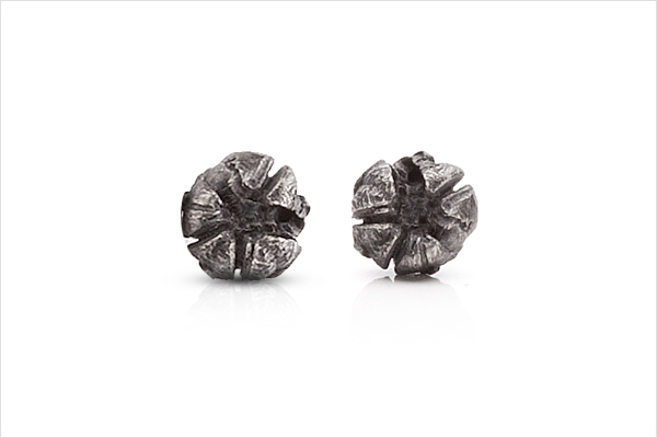 Flower earrings – oxidized silver