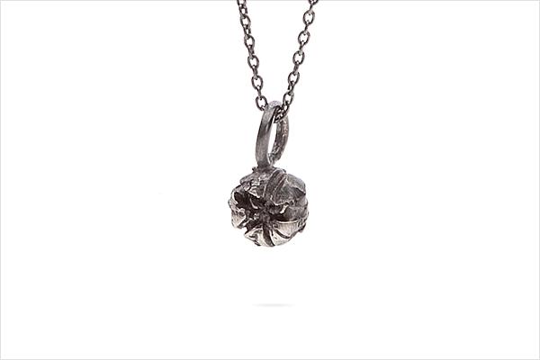 Flower necklace – oxidized silver