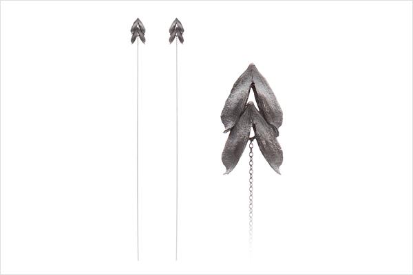 Wish heart earrings – oxidized silver (long)